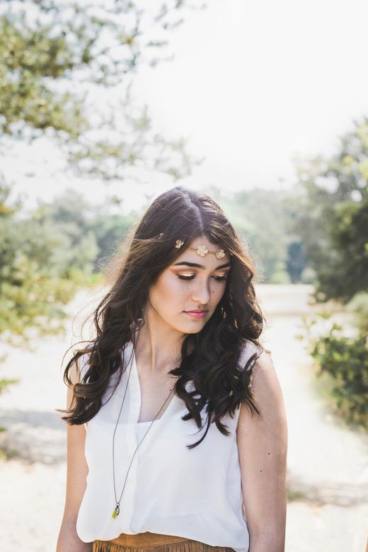 Boho - Eerste keer portfolioshoot met een model, thema: Bohemian<br /> <br /> Fotografie: Robin Roefs<br /> Visagie: Melanie Leijser<br /> Hairsty