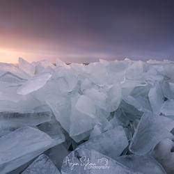 Kruiend ijs VI