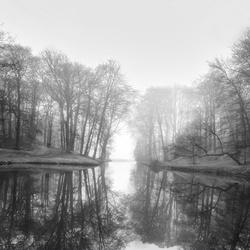 Foggy Mirror B:W