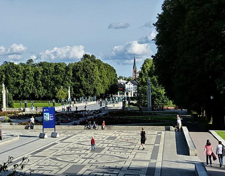 Vigelandpark 20. - Overzicht van het Vigelandpark in Oslo een van de mooiste parken van Europa.<br /> Het park is ontstaan in de jaren 1923 tot 1943
