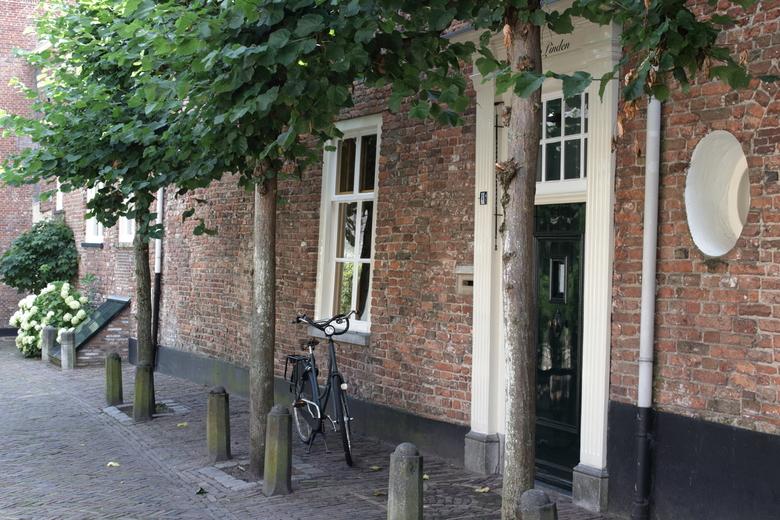 Oud en nieuw - Nooit geweten dat Amersfoort zo'n gaaf Middeleeuws centrum heeft. Je zult er maar wonen !