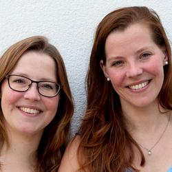 Eeneiige tweeling Tamara en Judith 2