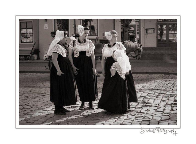 Zeeuwse meisjes 1 - Waar zouden zij nou over klappen?..