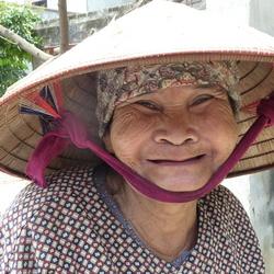 2012 Vietnam oma.JPG