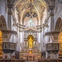 Symmetrie in een Italiaans kerkje