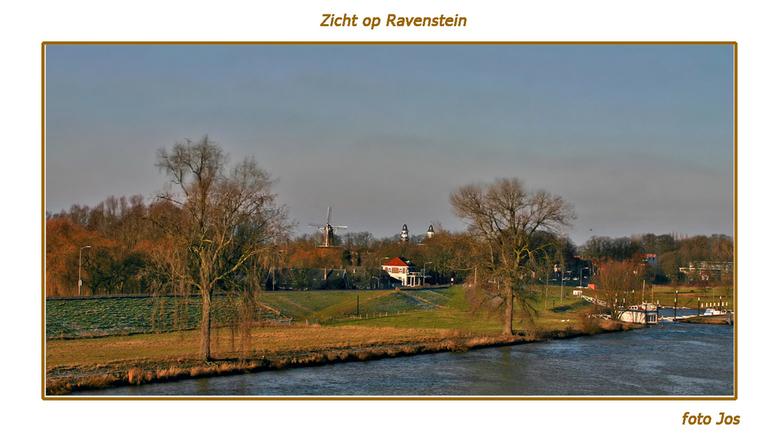 Zicht op Ravenstein - Zicht op Ravenstein. Op de voorgrond de Maas. Ieder weer bedankt voor de leuke reacties op mijn vorige upload. gr.jos