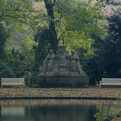 standbeeld marlot
