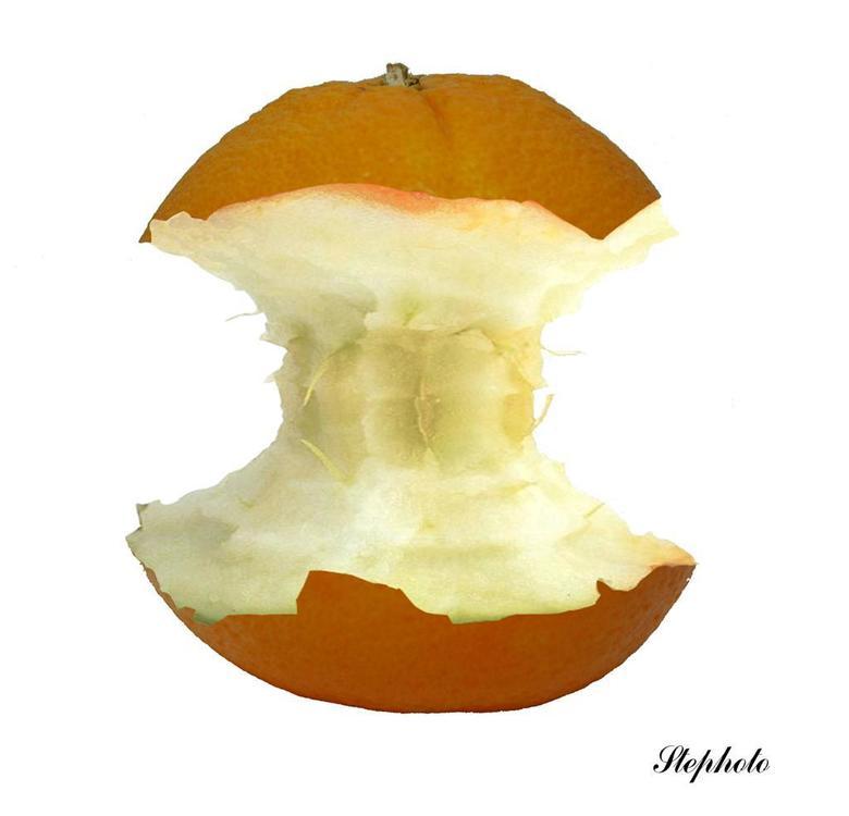 Appel....sien - De fotografische uitleg waarom wij Belgen deze vrucht een appelsien noemen en geen sinaasappel zoals de Nederlanders.