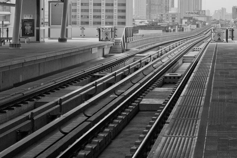 Skytrain - Skytrain station te Bangkok
