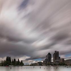 Wolken over de Amsteltoren