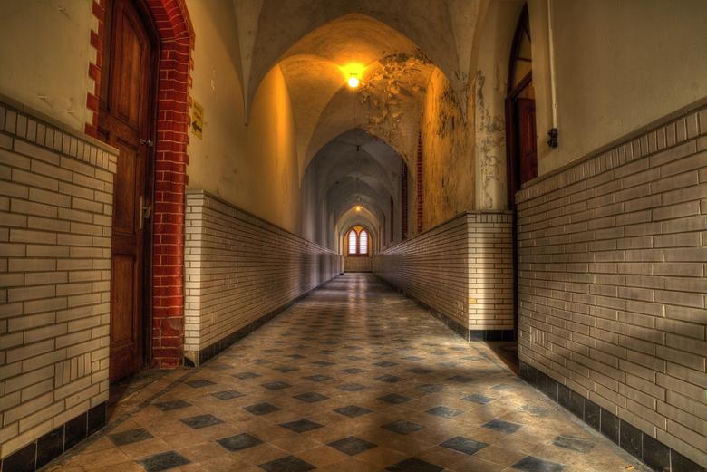 DSC00286_7_8_tonemapped - heel bijzonder klooster dit helaas is dit klooster niet meer toegankelijk maar wij waren een van de laatste groep die hier b
