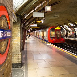 Londen - metrostation Bakerstreet - 03
