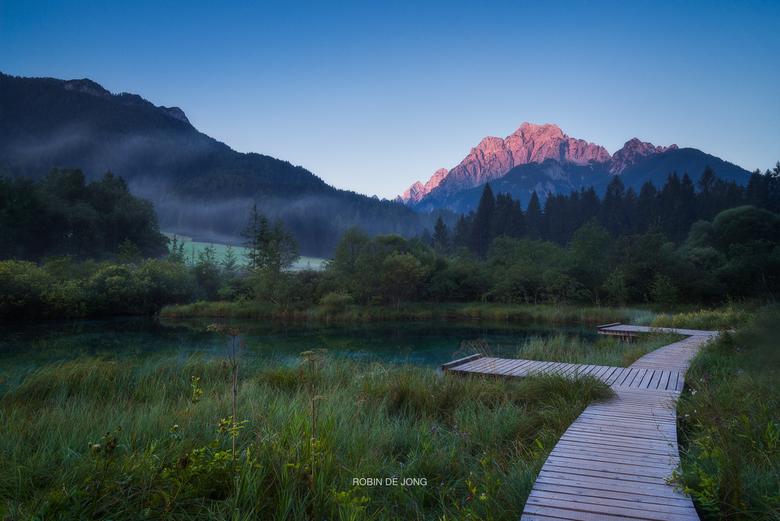 Zelenci. - Een van de mooiste plekken die ik bezocht heb in Slovenië vorig jaar. <br /> Heerlijk om hier de ochtend te beginnen en er was verder niem