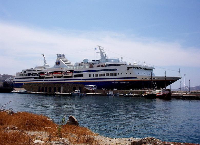 cruise schip 2003 - reeds lang geleden een mooi cruise gemaakt. De foto is gemaakt met een eenvoudige 3.1 mp. kamera<br />