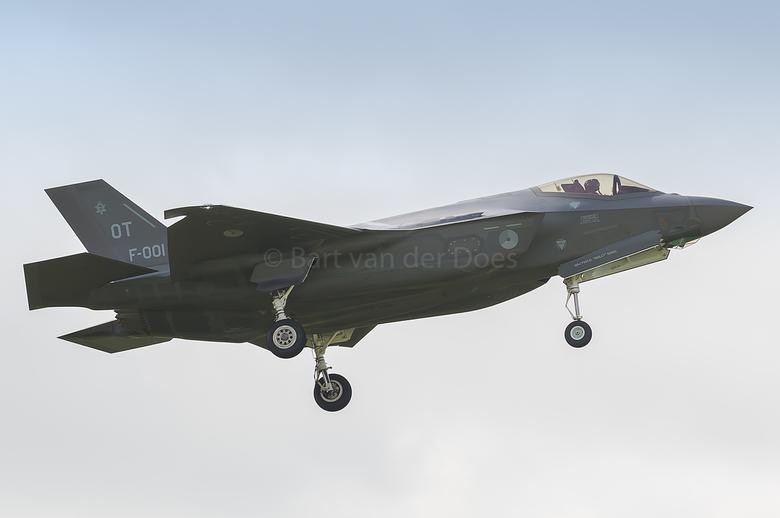 F-35A - F-001 323 SQN 'OT' - F-35A - F-001 323 SQN 'OT'