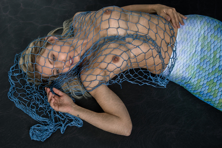 entangled and drowned - Jenni Czech