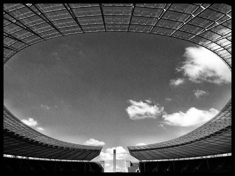 Olympiastadion, Berlijn - Zwartwit foto van het Olympiastadion in Berlijn