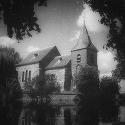 kerkje in Asselt