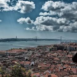 Wolken boven Lissabon