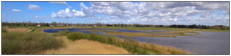 Leinwijk - Panorama van het natuurgebied aan de boorden van het Zuidlaardermeer. <br /> In september 1999 is begonnen met de inrichting van het gebie