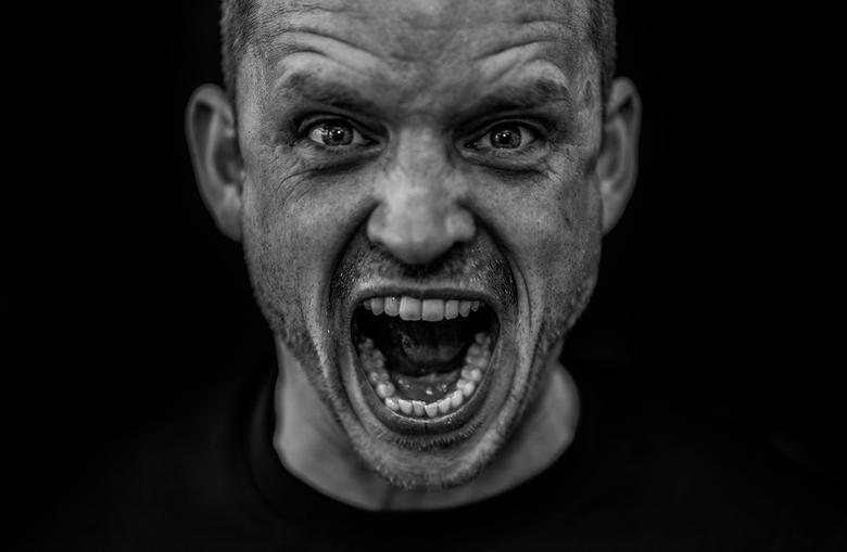 Portrait Expression - Zwart wit portret met veel detail. Helaas waren de ogen niet helemaal scherp, ben ik me van bewust maar vind het toch de moeite