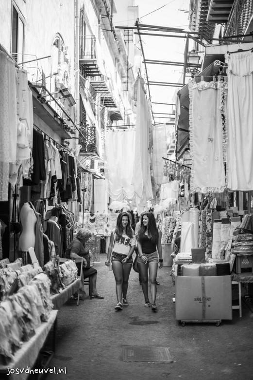 Bella Italia - Marktje in Palermo