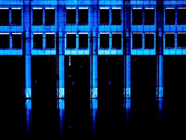 Glow1 - Ieder jaar vindt in Eindhoven het lichtevenement Glow plaats. In de stad vind je dan op diverse plaatsen schitterende lichtopjecten, ontworpen