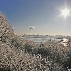 Winters riviergezicht