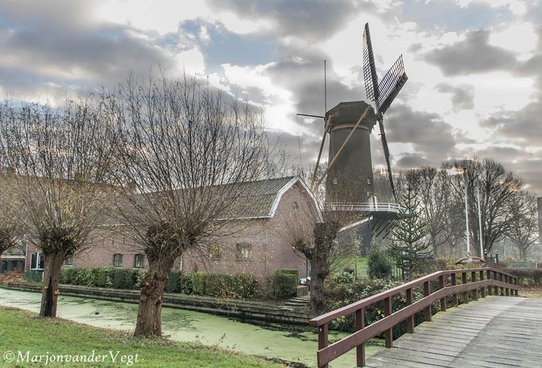 Loosduinse molen - Een museum in Loosduinen.<br /> <br /> Ik wens iedereen &#039;n heerlijk weekend toe.<br /> <br /> Hartelijk dank voor alle rea