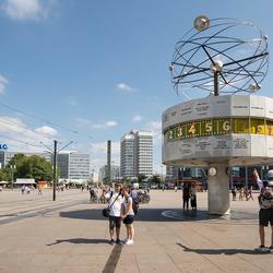 Berlijn - Alexanderplatz - Weltzeituhr