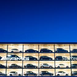 Mercedes Benz Forepark