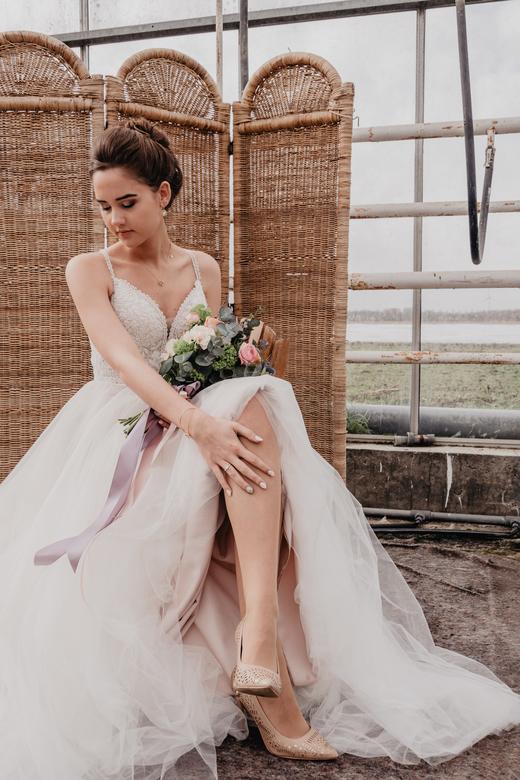 Styled bridal shoot -