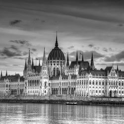 Parlement Budapest.jpg