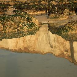 falaises gespiegeld