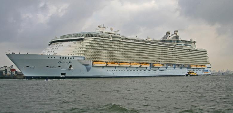 Een van de grootste Pass. schip Oasis of the Seas