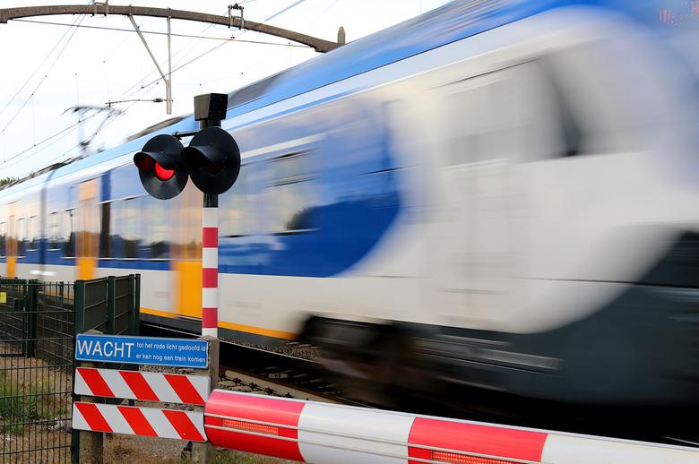 """Der Zug donnerte vorüber - """"Der Zug donnerte vorüber"""" ofwel de trein raasde voorbij. Destijds bij het examen werd dit vertaald met """"De zeug"""
