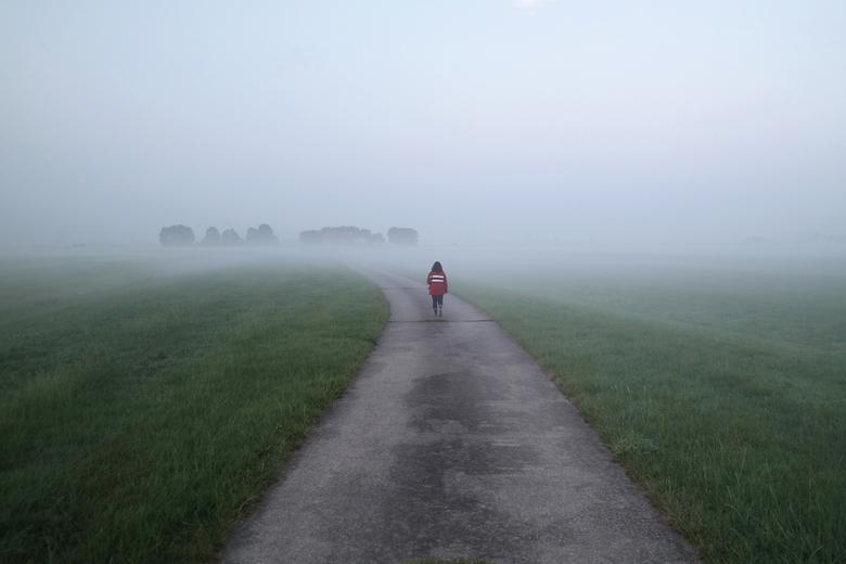 Jorinde loopt de mist in -