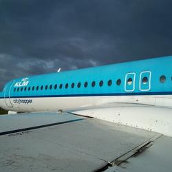 Wingside - Fokker 100