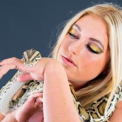 meisje met slang
