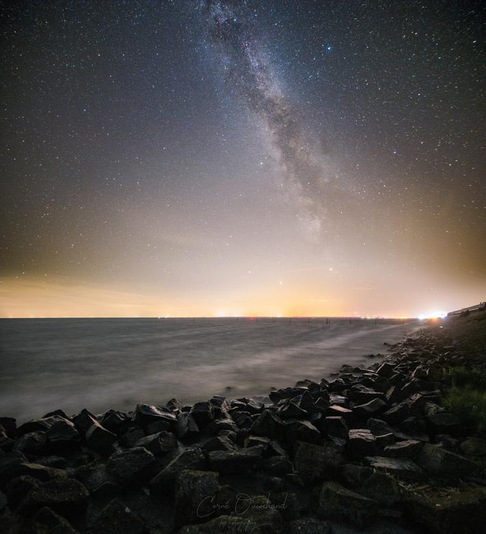 Melkweg afsluitdijk - The darkest nights produces the brightest stars.