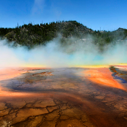 de overflow van de Grand Prismatic Spring.