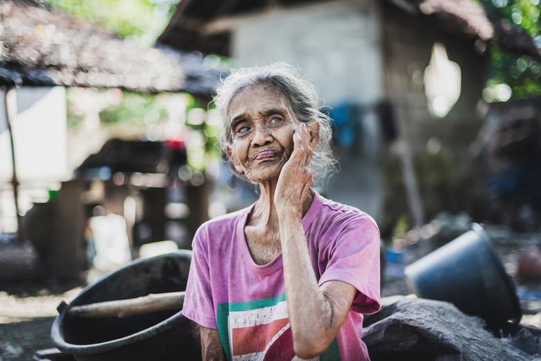 Princess - Nooit te oud om je een model te voelen.<br /> In Bali kwam ik via via in dit kleine dorp terecht! nog nooit wat er een foto gemaakt van de