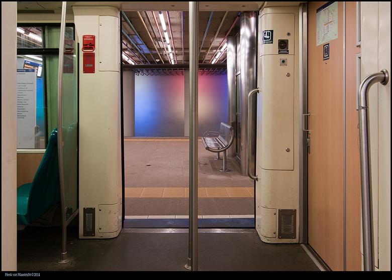 Metro-6 - Metro onder het centraal station Rotterdam