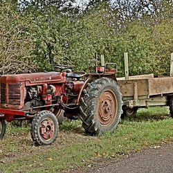 Tractor aan de kant.  Sarrey Frankrijk