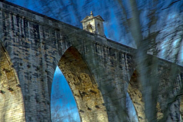 AQUADUCT - Bewegingsfoto.<br /> <br /> De Águas Livres Aquaduct ( Portugees : Aqueduto das Aguas Livres )  &quot;Aquaduct van de Vrije Wateren&quot;