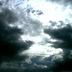 Wolken pakken Samen