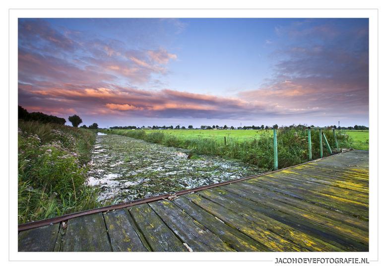 De laatste zonsondergang van augustus '12  - Genomen in Staphorst (staphorsterveld)