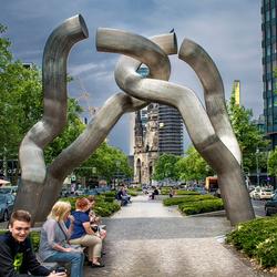 het kunstwerk in Berlijn