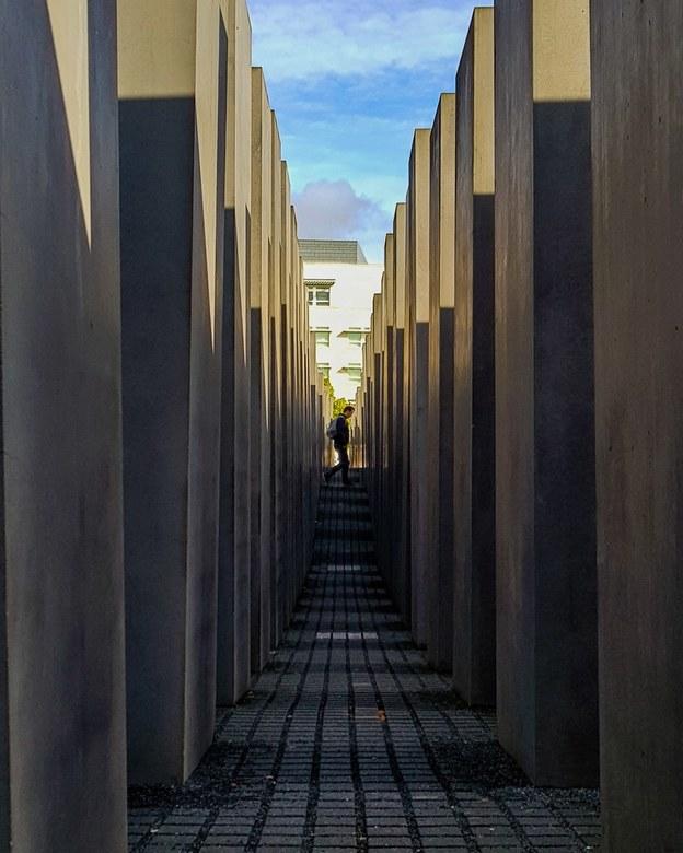 Berlin - Foto bij het holocaust monument
