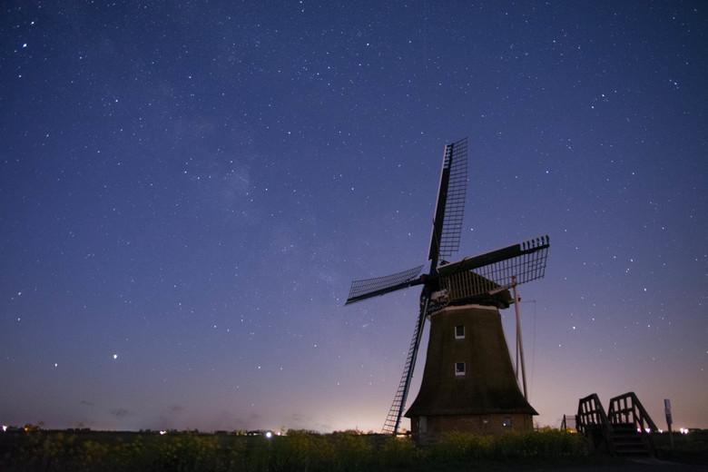 Stargazing - Eerste poging tot écht goed de nacht vastleggen.